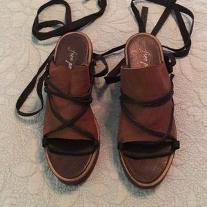 Free People wrap sandals. Brown with black straps